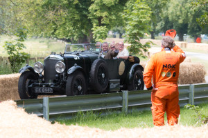 102. Jolyon & friends, 1931 Bentley 8-litre